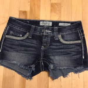 Daytrip Capricorn short size 25 great condition